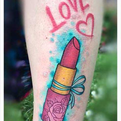 Nikola_best_tattoo_studio_wien_lipstick