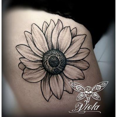 Vienna-Ink-Lines_individuelle_Tattoo_Designs_auf_hoechsten-künstlerischen_Niveau7