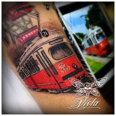 Vienna-Ink-Lines_individuelle_Tattoo_Designs_auf_hoechsten-kuenstlerischen_Niveau_wien2