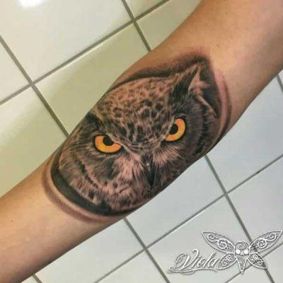 Viola_Vienna-Ink-Lines-Tattoo-Studio-Wien-_8